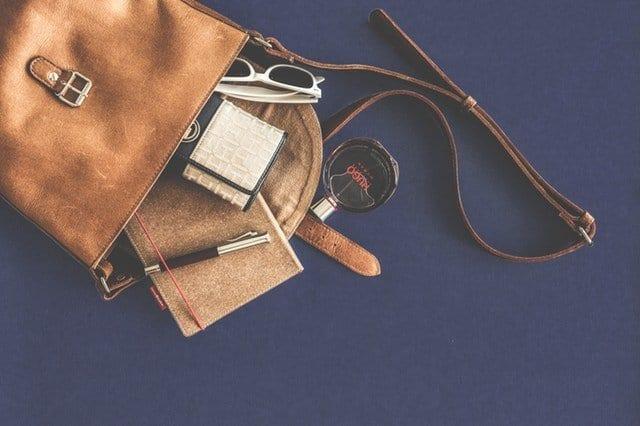 Fifteen Things Every Woman Needs In Her Handbag