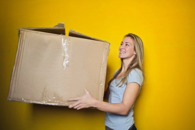 The Top Pros and Cons of Hiring A Moving Company