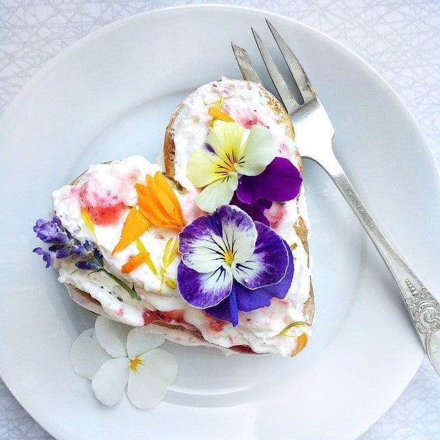 pancakes with pansies on top
