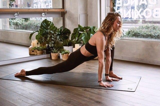 4 Dynamic Yoga Styles To Break A Sweat