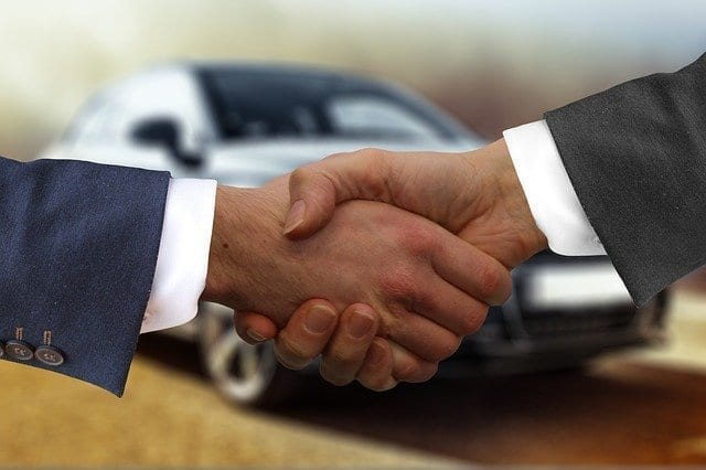 5 Benefits of Investing in a Used Car